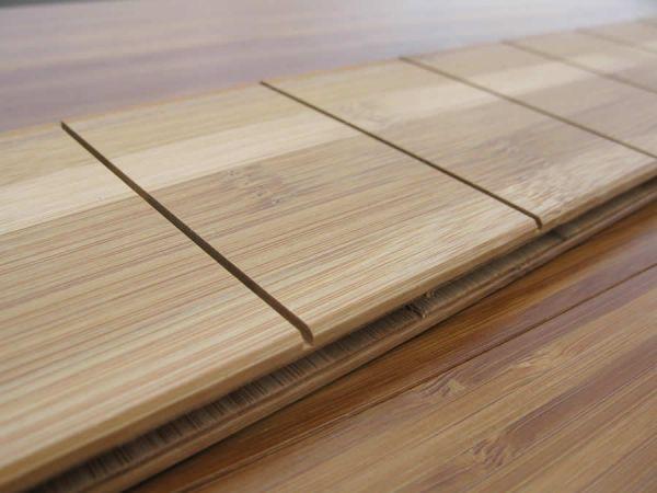 parquet bambou flottant massif parquet densifi aiko destockage parquet de bambou cross. Black Bedroom Furniture Sets. Home Design Ideas